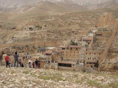 12 May 2007 - 12 noon - Judean Desert Jeep Trip - Overlooking Mar Saba Monastery and Kidron Stream (Tomer Shkolnik photo)