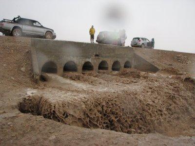 12 May 2007 - 15:00 - Judean Desert Jeep Trip - Flood waters gushing through concrete ducts (Tomer Shkolnik photo)